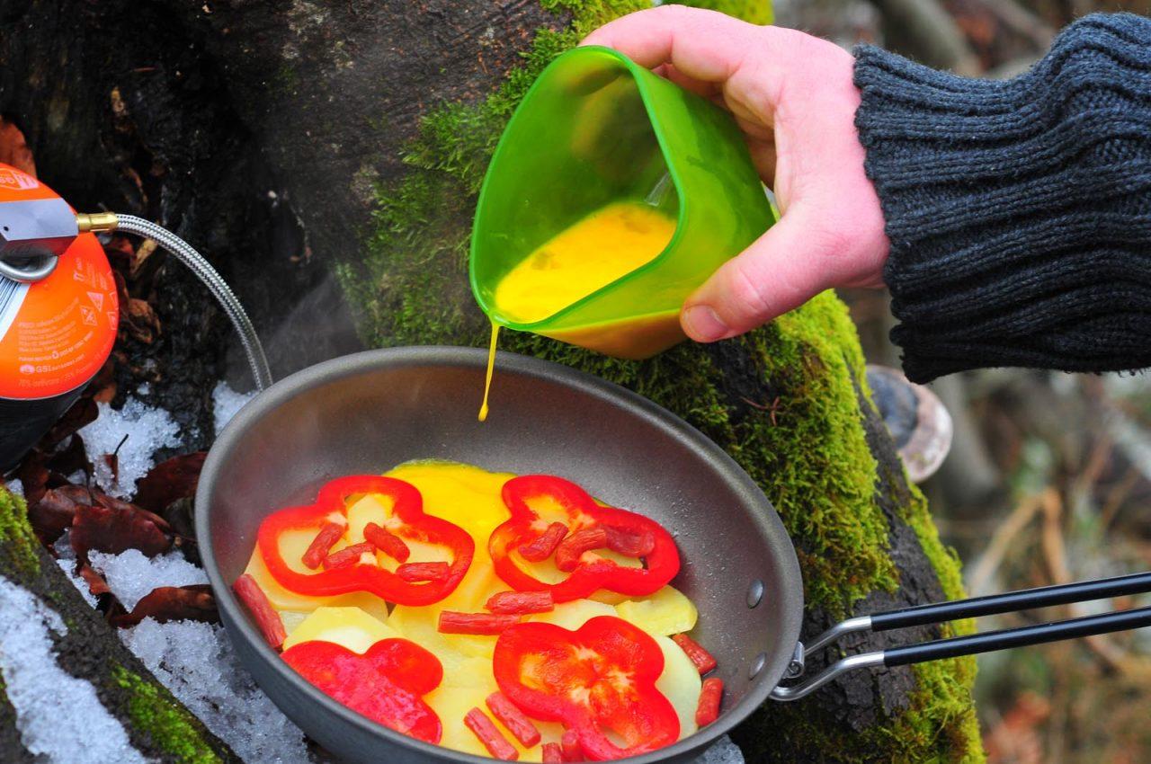 panvička GSI Outdoors Pinnacle 8 Frypan
