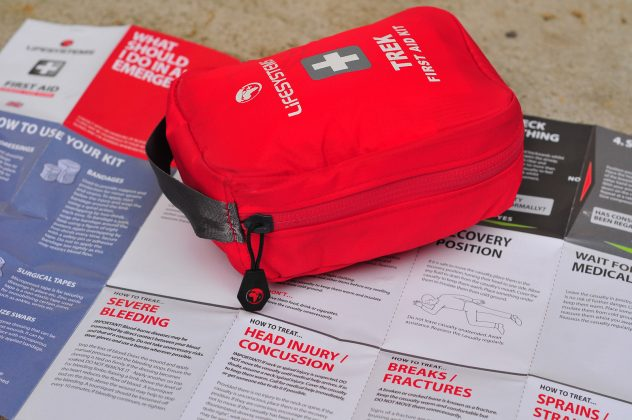 lekárnička Lifesystems Trek First Aid Kit