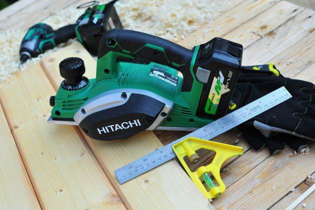 Hitachi P18DSL